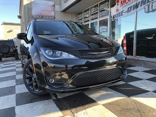 2020 Chrysler Pacifica Touring-L Touring-L 2WD