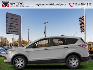 2013 Ford Escape SEL - Leather Seats -  Bluetooth - $110 B/W SUV