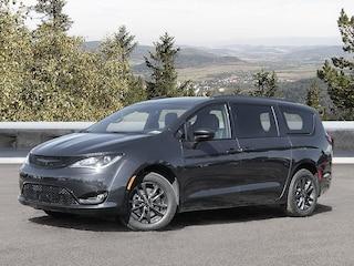 2020 Chrysler Pacifica Launch Edition Van