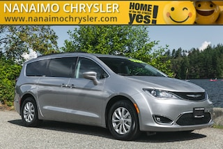 2018 Chrysler Pacifica Touring Plus One Owner No Accidents Van Passenger Van