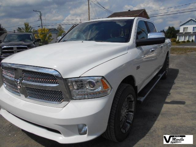 2014 Ram 1500 Limited Crew cab 5.7l ram box 4X4 Cabine double