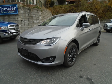 2020 Chrysler Pacifica AWD Launch Edition Van