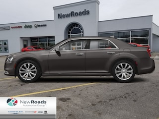 2020 Chrysler 300 Touring AWD - Leather Seats - $271 B/W Sedan