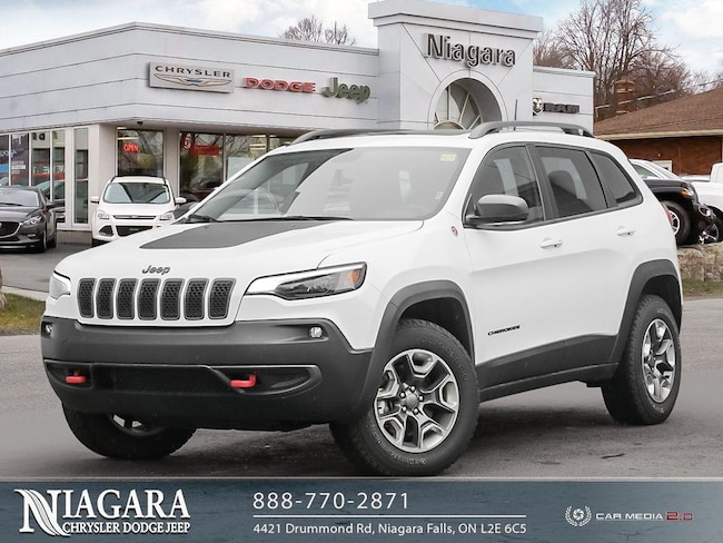 2019 Jeep Cherokee Panoramic Roof   Apple Carplay SUV