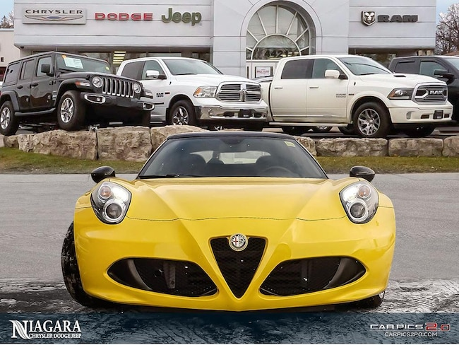 2016 Alfa Romeo 4C Spider Carbon Fibre PKG   Targa TOP   LOW KMS ! Convertible