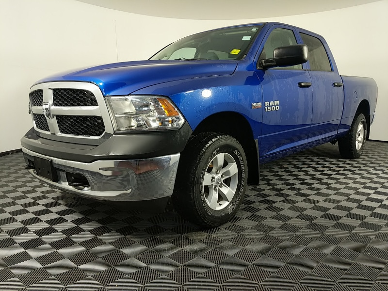 2015 Ram 1500 Tradesman , Low Mileage, Well Maintained, Uconnect Crew Cab