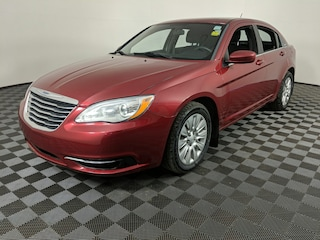 2014 Chrysler 200 LX - PET Free, LOW KMS, Fuel Efficient, Sedan