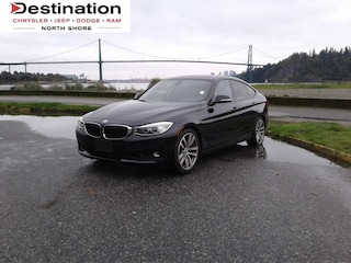 2015 BMW 328i xDrive . Local AND NO Accidents!!! A/C, Sunroof, Backup C