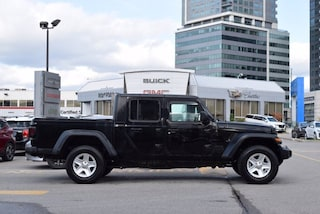 2020 Jeep Gladiator New Sport S 4x4 Crew Cab 5ft Box Cold Weather & Te Truck