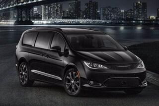 2021 Chrysler Pacifica TOURING L PLUS Van