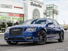 2019 Chrysler 300 S | NAV | SUNROOF | BLIND SPOT PKG | TECH PKG | Sedan