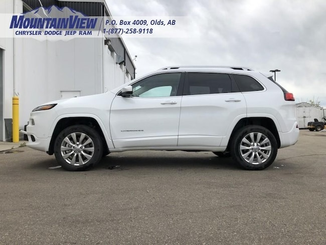2017 Jeep Cherokee Overland - Navigation -  Leather Seats SUV