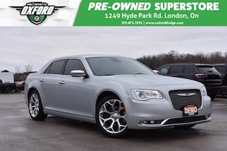 2019 Chrysler 300 C - Demo, Dual Pane Sunroof, 5.7L V8 Hemi Sedan
