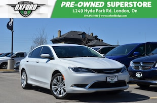 2015 Chrysler 200 Limited - Great Fuel Economy, Nicely Equipped, Low Sedan
