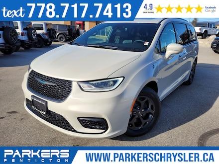 New 2021 Chrysler Pacifica Hybrid Limited Van for sale in Penticton, BC for sale in in Penticton, BC