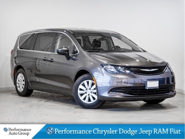 2018 Chrysler Pacifica L* Camera * Apple Carplay/Android * Demo Unit Van