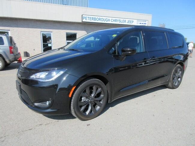 2018 Chrysler Pacifica Plus