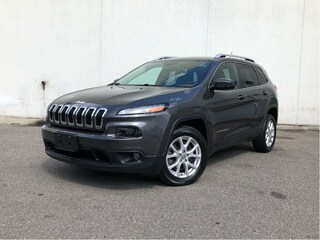 2015 Jeep Cherokee 8.4 RADIO ALLOYS HEATED SEATS REAR CAMERA PUSH BUTTON START SUV