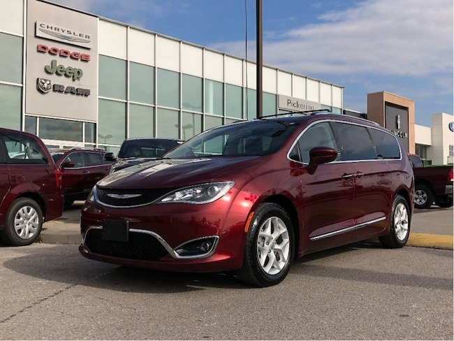 2018 Chrysler Pacifica PWR DOORS 8.4 RADIO REAR CAM BLIND SPOT DETECTION