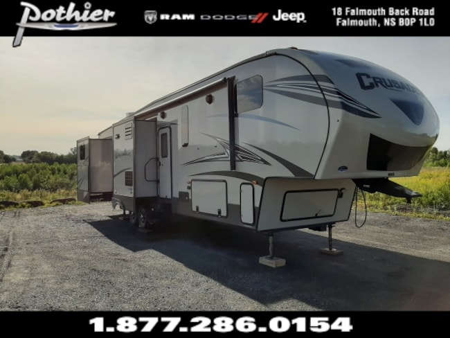2016 Forest River Crusader  5th Wheel | 37 FT  BHQ | 15,500 LBS | CSF370BHQ