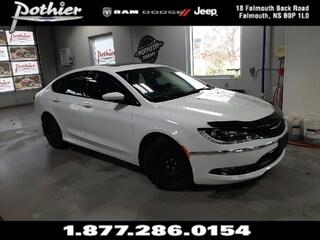 2015 Chrysler 200 S | LEATHER | REAR CAMERA | 8.4 TOUCHSCREEN | Sedan