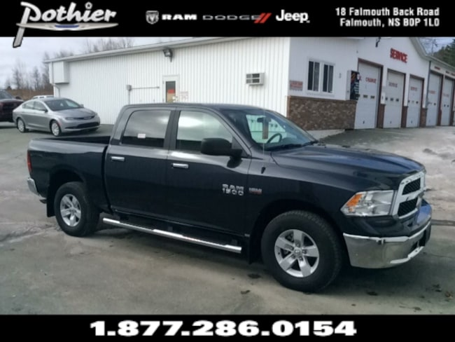 2017 Ram 1500 SLT | HEATED MIRRORS | KEYLESS | BLUETOOTH | Truck Crew Cab