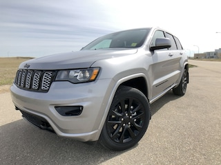 New 2019 Jeep Grand Cherokee Altitude - Sunroof SUV 19205 in Estevan, SK