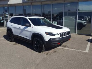 New 2020 Jeep Cherokee Trailhawk - Sunroof - $254 B/W SUV for sale in Prince Albert, SK