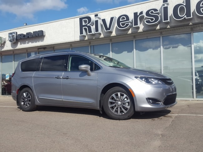 2019 Chrysler Pacifica Touring-L Plus - Leather Seats - $273 B/W SUV