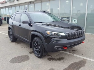 New 2020 Jeep Cherokee Trailhawk - Sunroof - $256 B/W SUV for sale in Prince Albert, SK