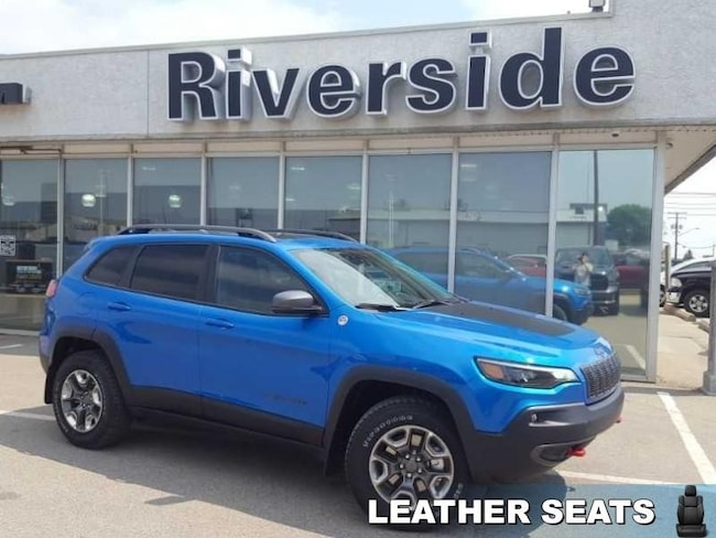 2019 Jeep Cherokee Trailhawk Elite - Sunroof - $232.15 B/W SUV