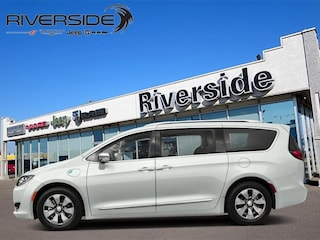 New  2018 Chrysler Pacifica Hybrid Touring-L - Leather Seats - $292 B/W Van for sale in Prince Albert, SK