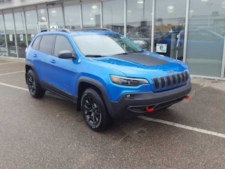 New 2020 Jeep Cherokee Trailhawk - Sunroof - $255 B/W SUV for sale in Prince Albert, SK