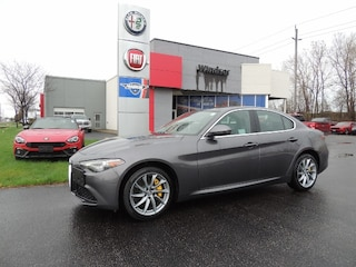2017 Alfa Romeo Giulia Ti DEMO DEAL Sedan