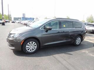 New 2018 Chrysler Pacifica L  DEMO DEAL Van for sale in Windsor, Ontario