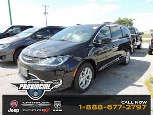 2019 Chrysler Pacifica Touring Plus Van 2C4RC1FG0KR644566 190598