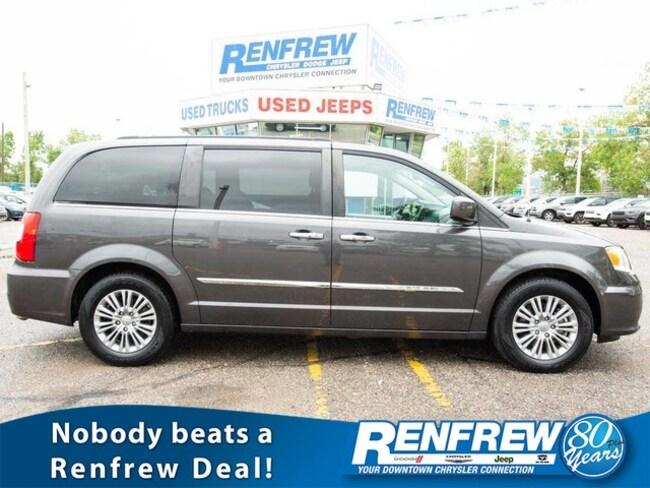 2016 Chrysler Town & Country Touring-L, Sunroof, Nav, Rear DVD, Remote Start, H Minivan/Van