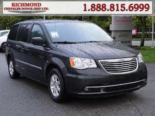 Used 2012 Chrysler Town & Country Touring Van for sale in Richmond, BC, near Vancouver