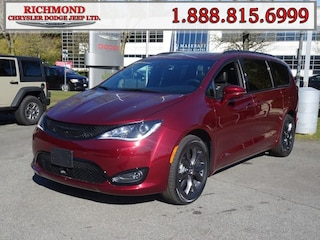 New 2019 Chrysler Pacifica Limited Van in Richmond, BC near Vancouver