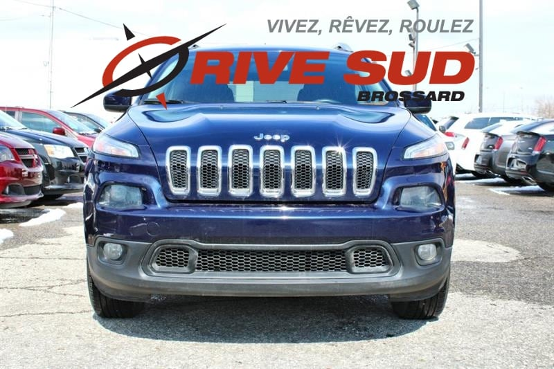 2014 Jeep  Cherokee NORTH 4X4 *V6*HITCH*