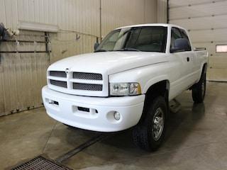 2000 Dodge Ram 2500 Base Quad Cab 4WD Manual Pickup Truck