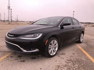 Used 2016 Chrysler 200 Limited - Uconnect -  Power Seat Sedan R12441 for sale in Winnipeg, MB