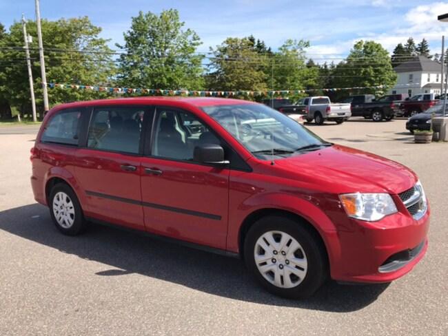 2014 Dodge Grand Caravan SE/SXT Van