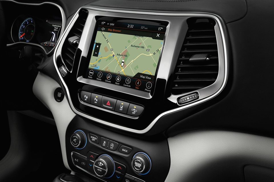 2020 Jeep Cherokee navigation screen