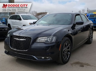 2018 Chrysler 300 300S AWD | Nav, Leather, BTooth 4dr Car