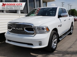 2016 Ram 1500 Laramie Limited | Leather, BTooth, Nav, Sidesteps Crew Cab Pickup