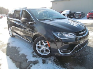 2018 Chrysler Pacifica Touring L-Plus - Leather / DVD / Panoramic Sunroof
