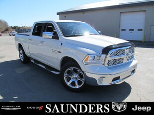 2017 Ram 1500 Laramie - Diesel / One Owner / Low Kms!! Crew Cab