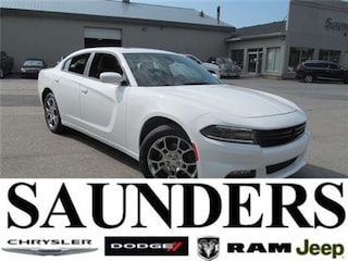 2016 Dodge Charger SXT AWD / Sunroof / Heated Seats Sedan