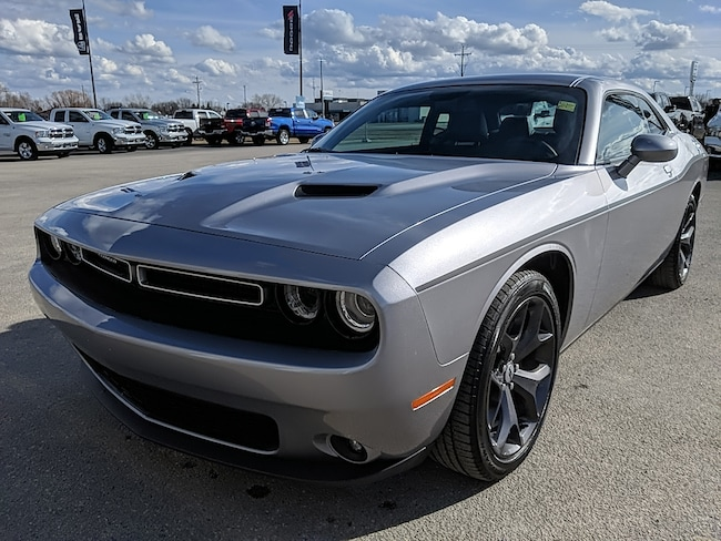 2018 Dodge Challenger SXT Plus *Leather & Sunroof* Coupe